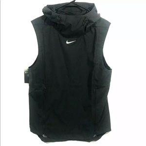 NIKE Alpha Fly Rush Ventilated Football Hood Vest